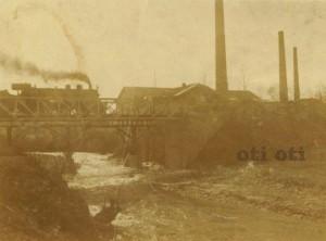 Стара снимка моста за книжна.