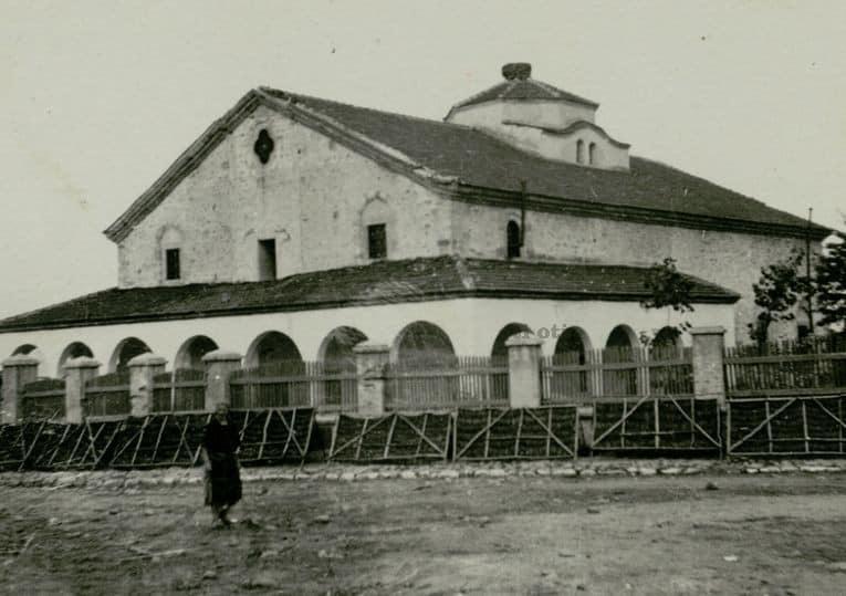 Църквата в с Костенец 1938 г.